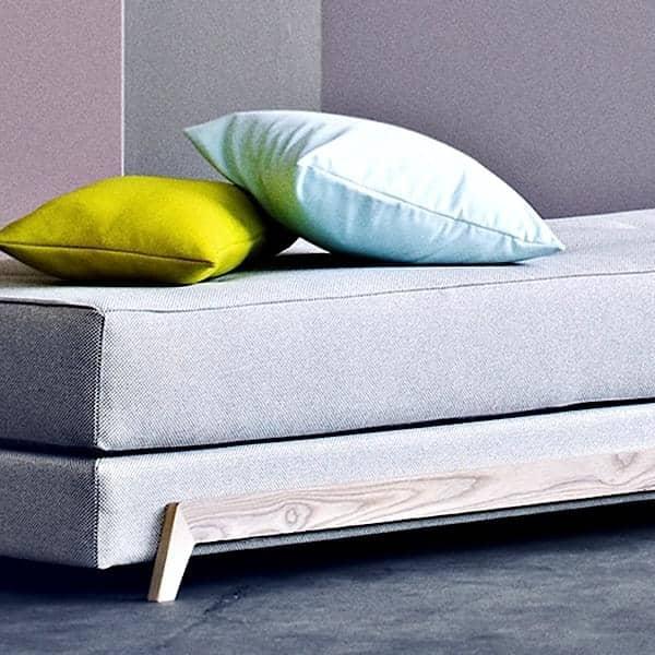 FRAME SOFABED, elegant nordic daybed - lett å forvandle, lett å bruke, SOFTLINE