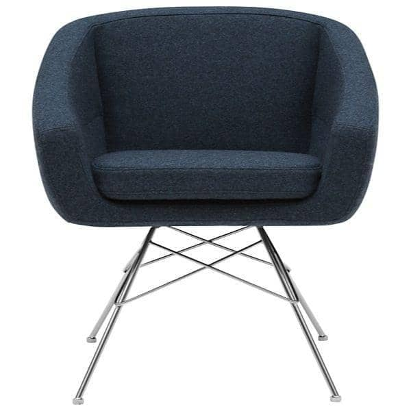 AIKO, comfortable, elegant and sophisticated armchair