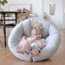 LITTLE NEST, una silla de capullo, que es también un futón, acogedor y muy cómodo para su niño - deco y el diseño