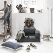 LITTLE HIPPO 、子供の椅子、秒で布団に変身 - デコとデザイン
