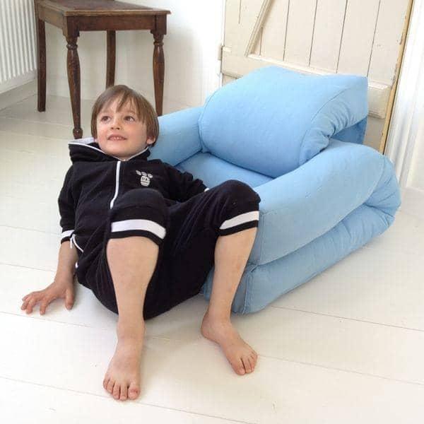 LITTLE HIPPO, una silla para niños que se convierte en un futón en segundos - deco y diseño