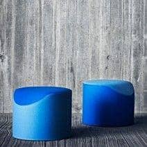 CORAL, un pouf bicolore très confortable et original, une création Busk+Hertzog pour Softline - déco et design