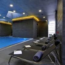 Bain de soleil ALCEDO, inox brossé et BATYLINE, indoor / outdoor, fabriqué en Europe par TODUS - designer : JIRI SPANIHEL