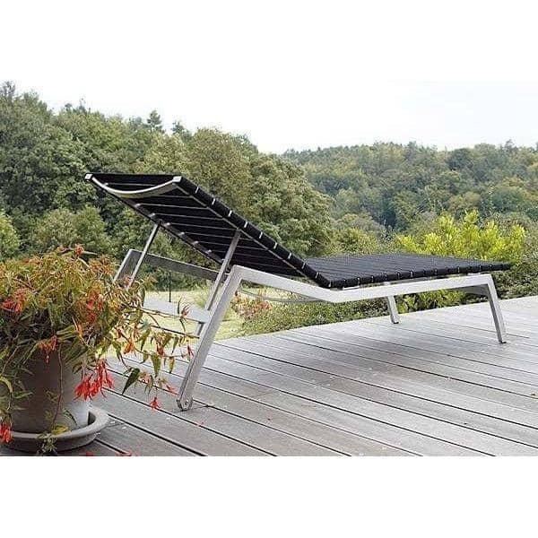 Lettino da sole, ALCEDO - EB, acciaio e cinghie elastiche, interni ed esterni, realizzati in Europa TODUS - creazione di JIRI SPANIHEL