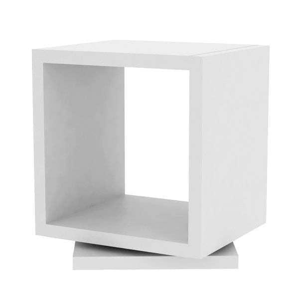 SHELL, étagère rotative : elle trouve sa place dans un coin ou au beau milieu d'une pièce - designer : RICARDO MARÇAL