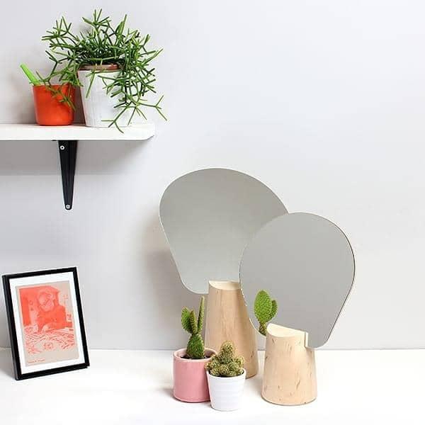 PING PONG, Standspiegel, Buche massiv, Lindenholz und Glas, die umweltgerechte Gestaltung