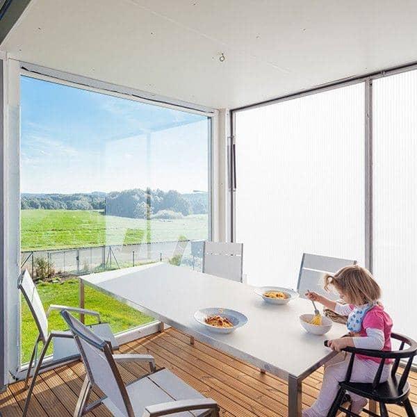 PURO Esstisch oder Couchtisch, HPL -Version von TODUS, große Auswahl an Abmessungen, robust, klare Linien: perfekt für den Einsatz auf der Terrasse oder in Ihrem Wohnzimmer