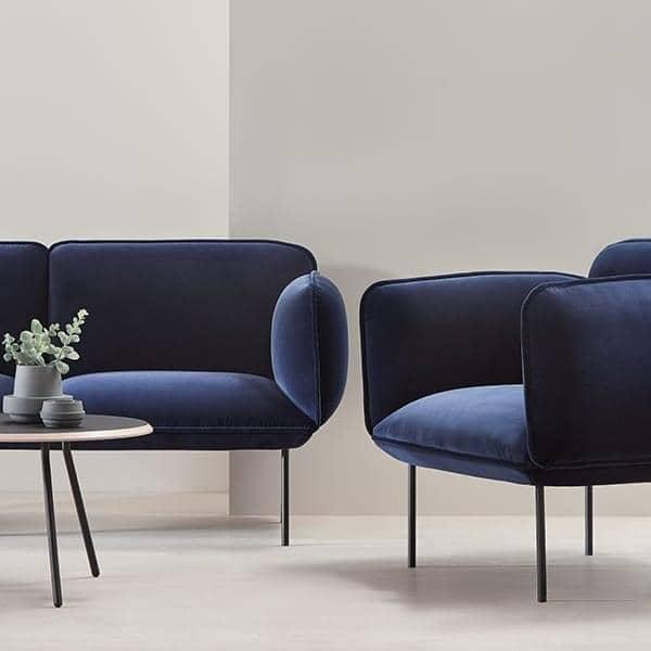 Sofa NAKKI 2 seter, komfort og modernitet. WOUD.