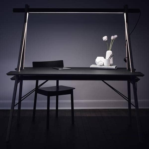 AA DESK : uno spazio di lavoro progettato per semplificare la vita. E poi, è bellissimo! WOUD.