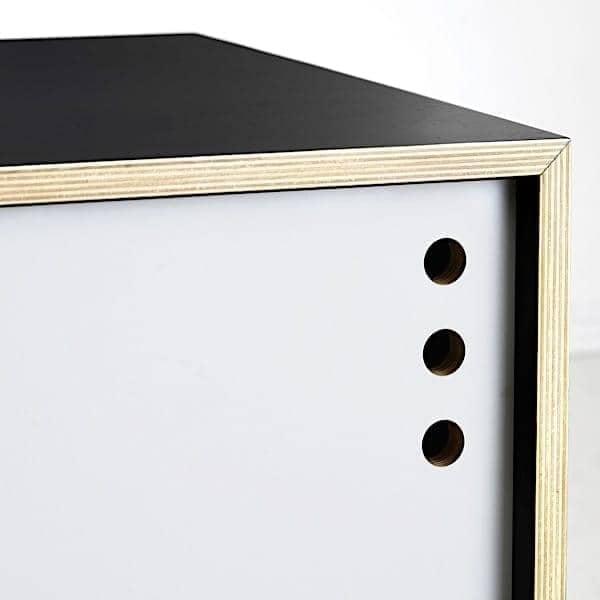 GEYMA : buffet bas et meuble TV, portes coulissantes. WOUD