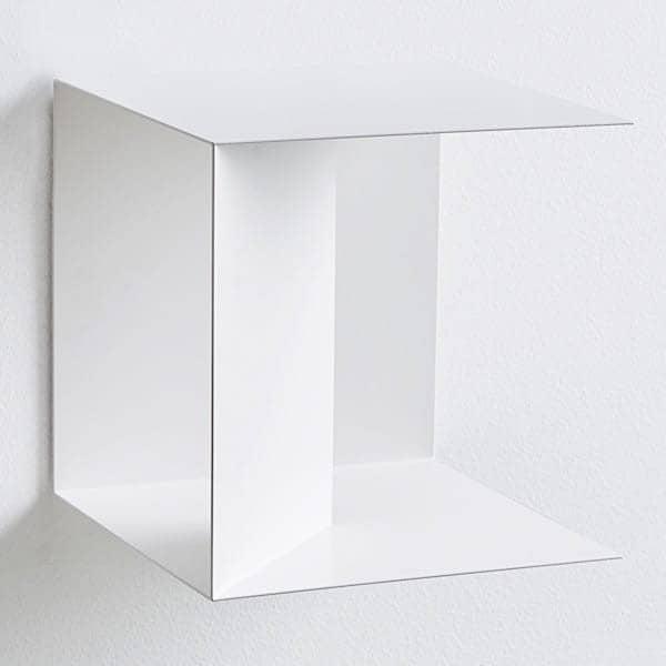 Etagère métallique VOWEL, graphique et design