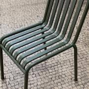 Collezione PALISSADE - sedia, poltroncina, sgabelli da bar, divano, tavoli e panca - per uso interno o esterno