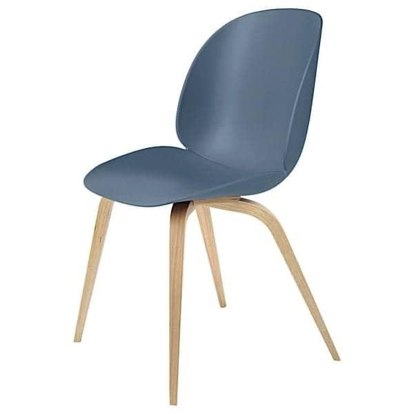 chaise beetle coque polypropyl ne et pi tement en bois gubi. Black Bedroom Furniture Sets. Home Design Ideas