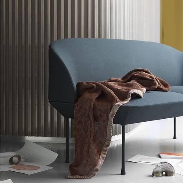 OSLO 2-seter sofaen, en slank og stilig silhuett. MUUTO