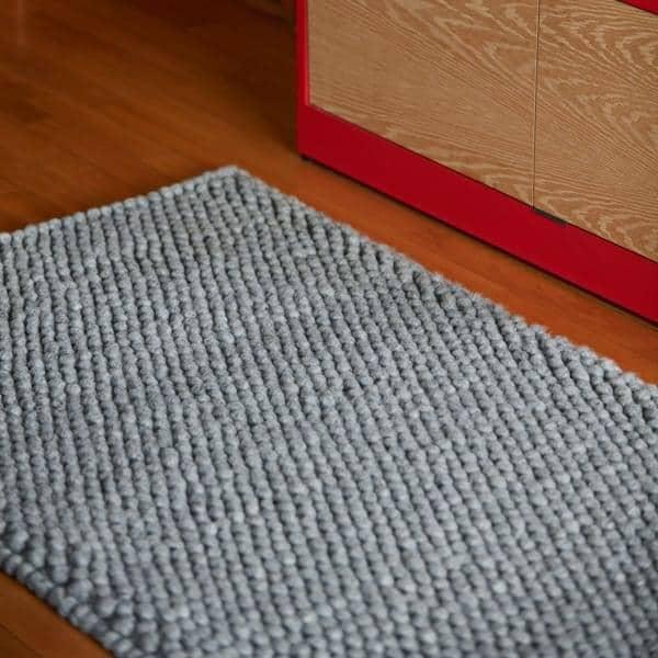 PEAS Rug, HAY 100 % Pure New Wool .