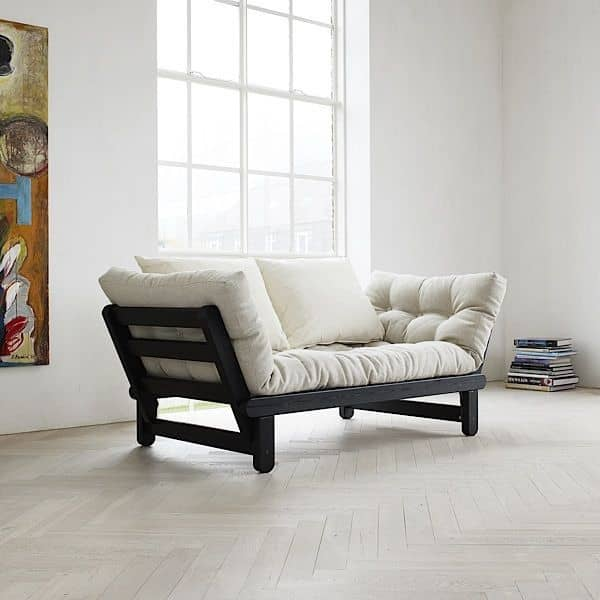 Beat is a two seater sofa bed which can be transformed in bed or chaise longue