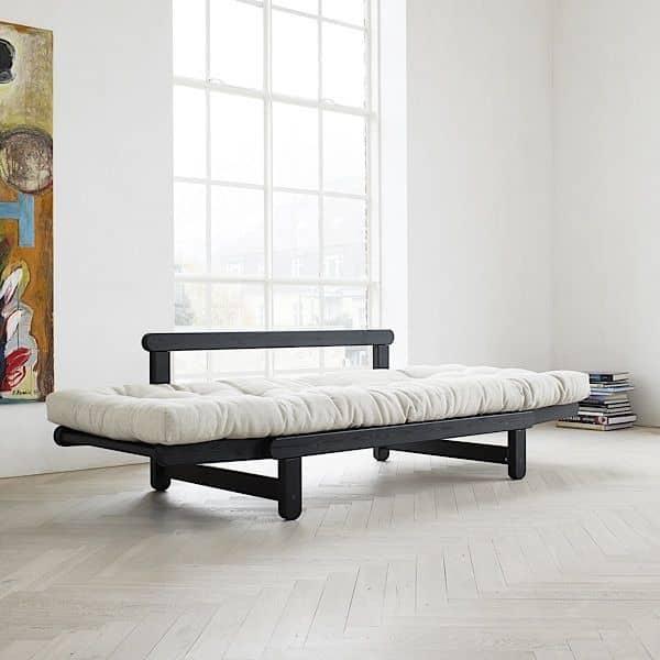 BEAT un sofá-cama de dos plazas que se puede transformar en cama o sillón, uno y otro lado del sofá - deco y diseño