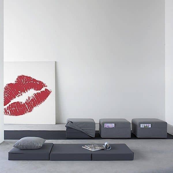 pouf trio trois utilisations huit poches un lit un. Black Bedroom Furniture Sets. Home Design Ideas