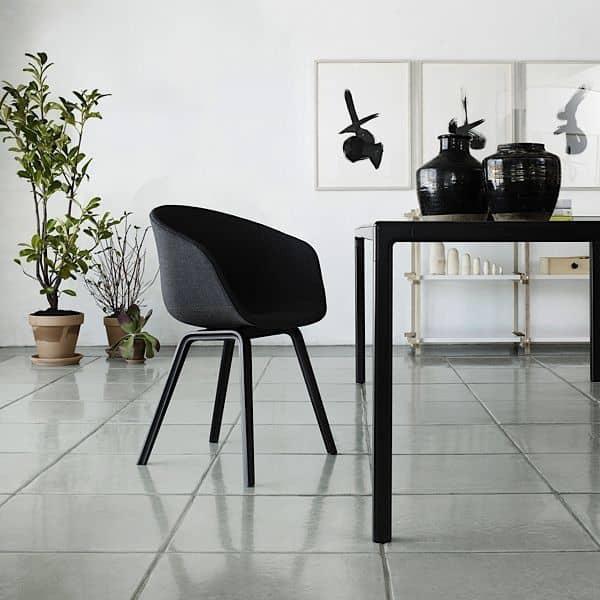 der t12 esstisch oder schreibtisch so perfekt hay. Black Bedroom Furniture Sets. Home Design Ideas
