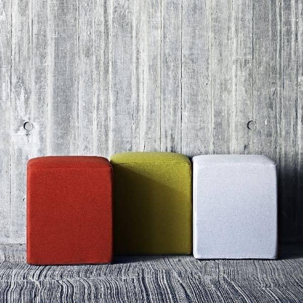 POUF meget flot skammel, fås i mange farver og kvaliteter. Deco og design, SOFTLINE