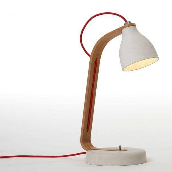 HEAVY DESK LIGHT - lampe à poser en béton finement travaillé