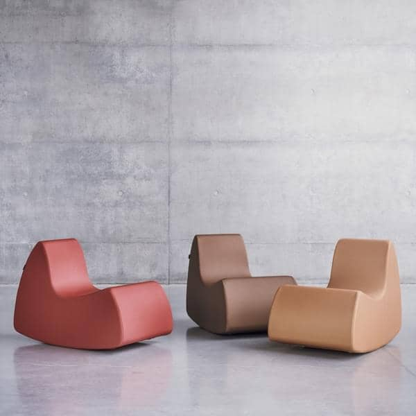 GRAND PRIX en generøs lænestol, meget komfortable med sine afrundede former - Deco og design, SOFTLINE