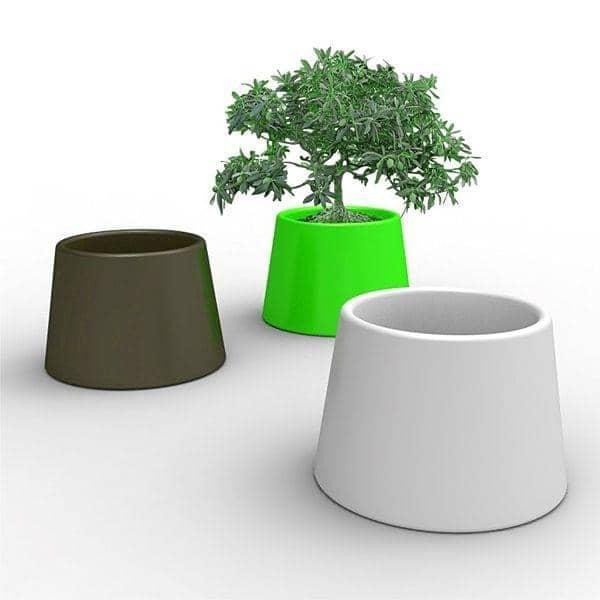SARDANA Vase: lyser dine blomster med denne generøse udendørs pot! - QUI EST PAUL