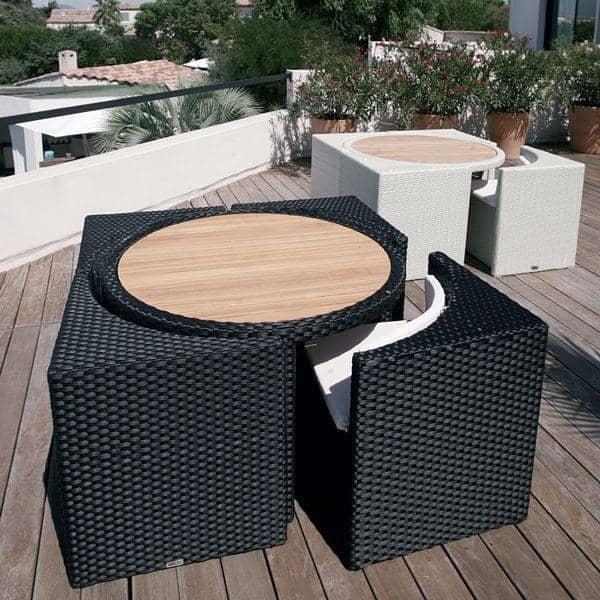 salon de jardin PROXIMITY, structure aluminium, résine tressée traitée  anti-uv, avec ses coussins assortis
